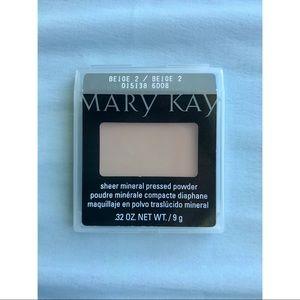Mary Kay Sheer Mineral Pressed Powder in Beige 2